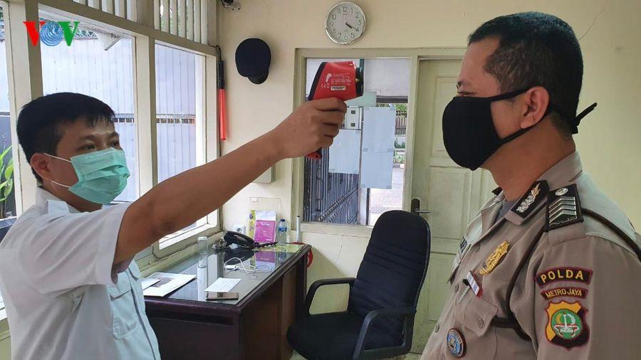 ĐSQ Việt Nam tại Indonesia triển khai biện pháp phòng chống Covid-19