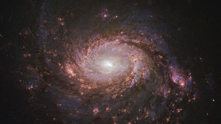 Phát hiện thiên hà rộng 100 nghìn năm ánh sáng