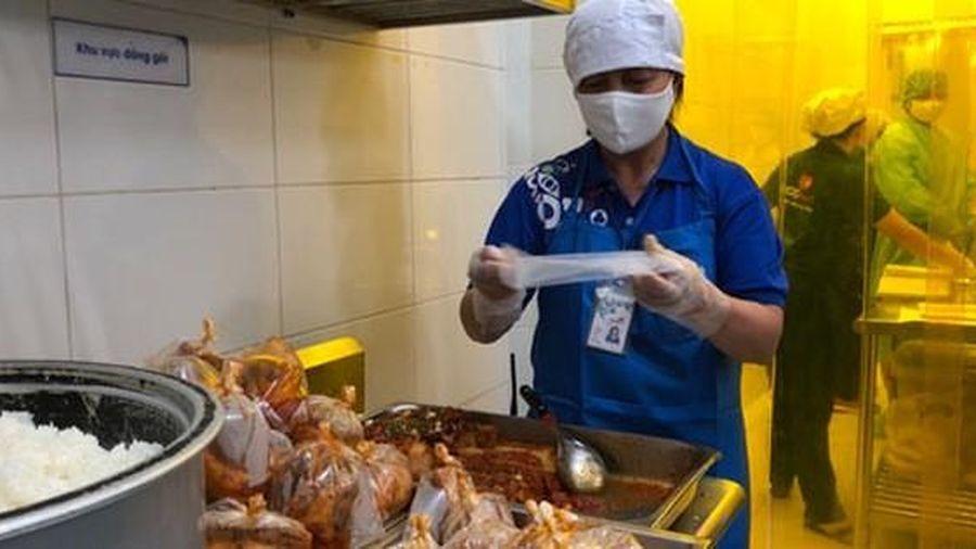 TP Hồ Chí Minh: Kiểm tra các đơn vị cung cấp suất ăn cho khu cách ly