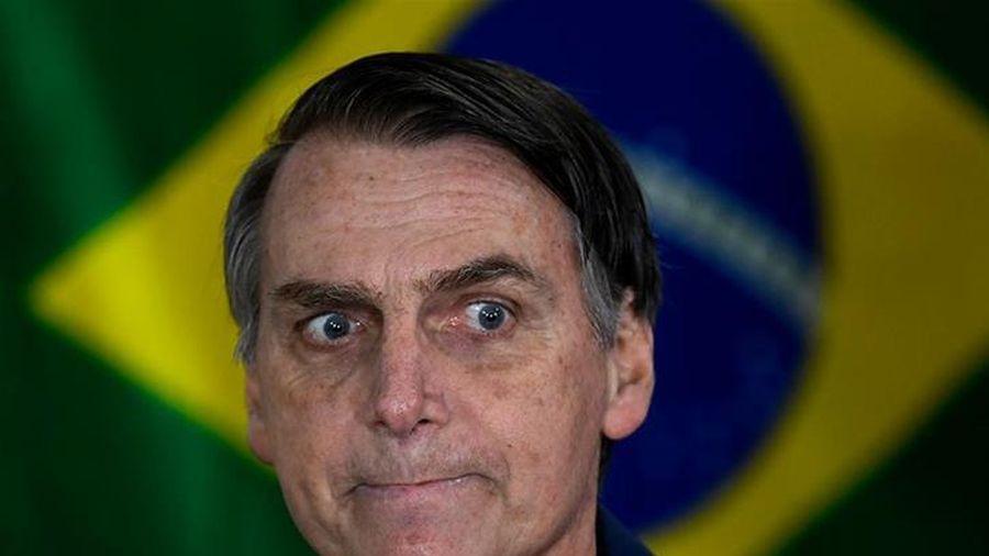 Tuần đen tối ở Brazil chứng tỏ COVID-19 không phải là 'cúm nhẹ' như tổng thống tuyên bố