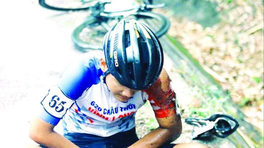 Ðưa cung đường nguy hiểm vào giải đua xe đạp, nên không?
