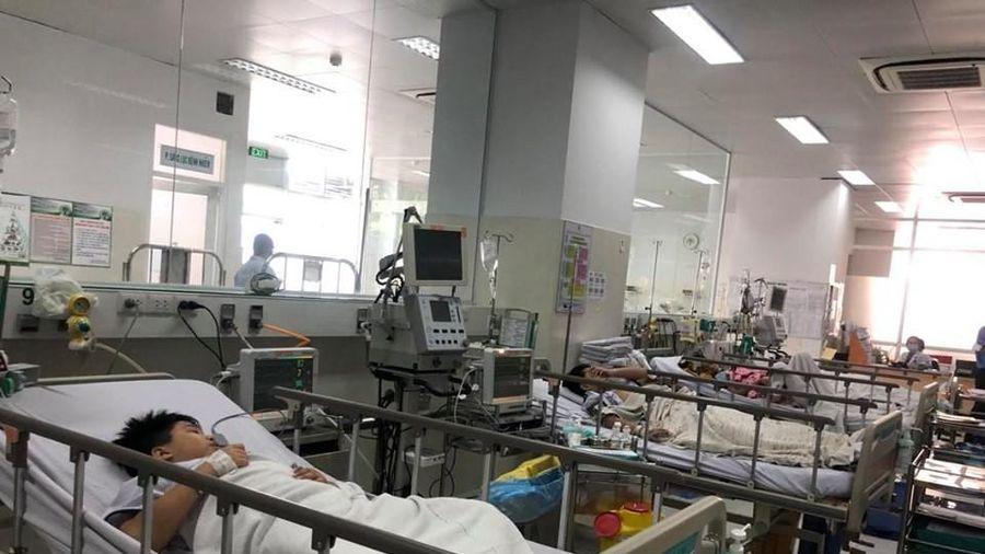 Nam sinh lớp 6 bị cây ngã đè tử vong: Mẹ mới sinh em bé được 2 ngày