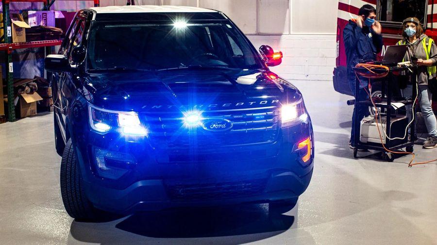 Xe cảnh sát của Ford trang bị tính năng diệt virus corona