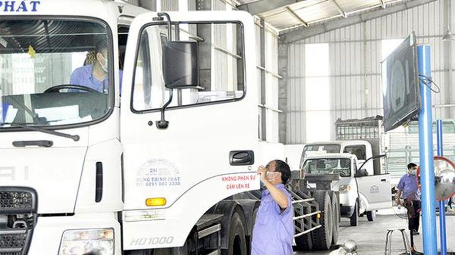 Kiểm soát chặt khí thải xe ô tô