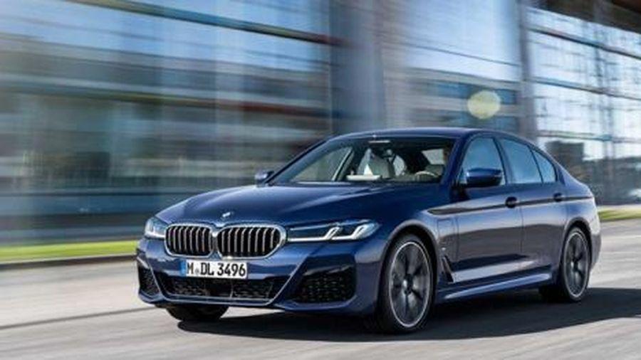 Trình làng chiếc BMW 5-Series 2021 thiết kế mới, động cơ nâng cấp