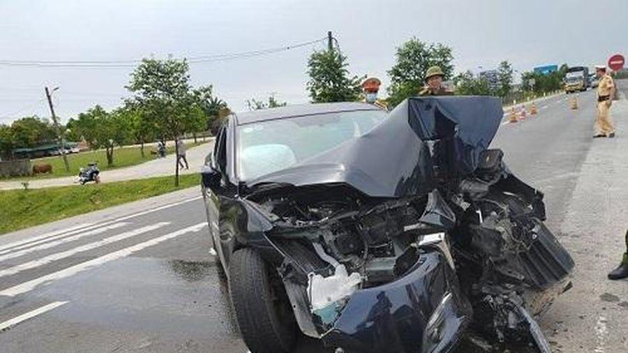 Hà Tĩnh: Tai nạn giao thông nghiêm trọng, 4 người bị thương nặng