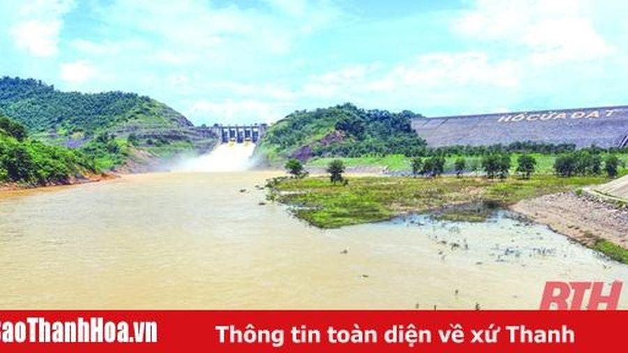 Chủ động khắc phục khó khăn mực nước hồ Cửa Đạt xuống thấp