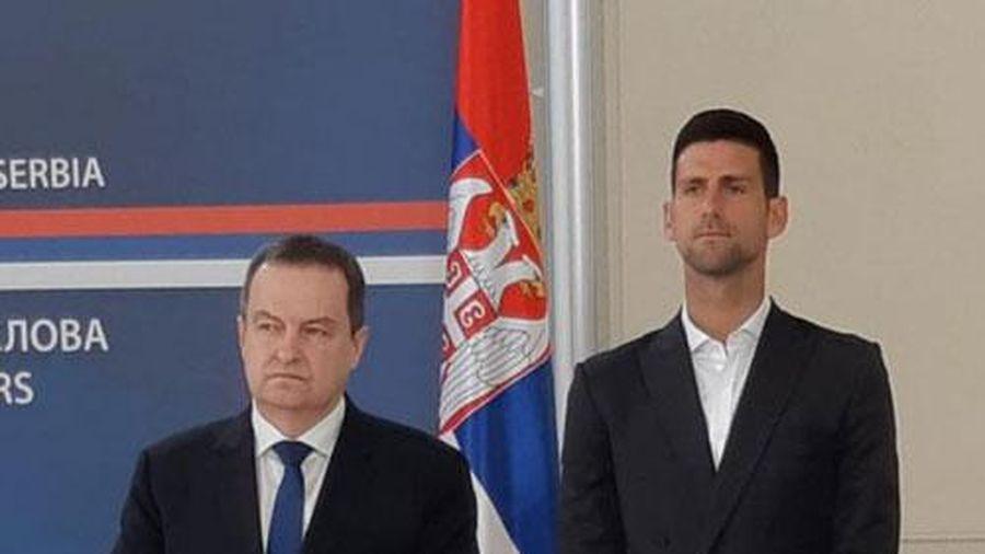 Novak Djokovic nhận bằng khen 'độc nhất vô nhị'