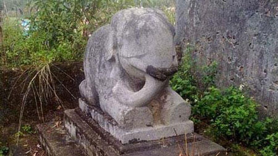 Bí ẩn về rắn vàng ở ngôi đền thiêng xứ Nghệ