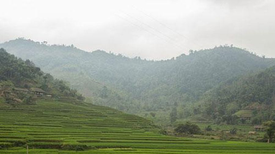 Cuộc sống bình dị ở bản làng Việt Nam qua ống kính khách Tây