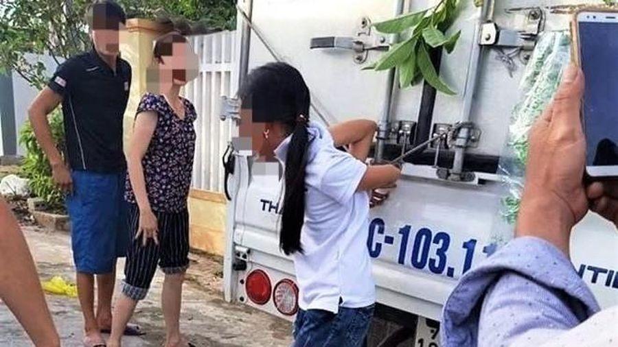Quảng Bình: Vụ trói con gái 12 tuổi vào thùng xe tải - hành động đáng trách bậc cha mẹ