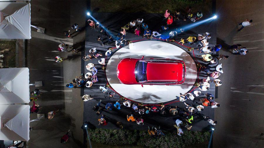 'Bại não' vì đoán giá xe ở Việt Nam