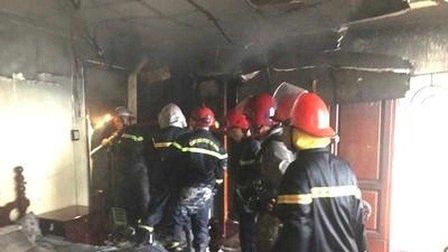 Vụ giải cứu 7 người trong căn nhà 3 tầng bốc cháy ở Sài Gòn: 1 người đã tử vong