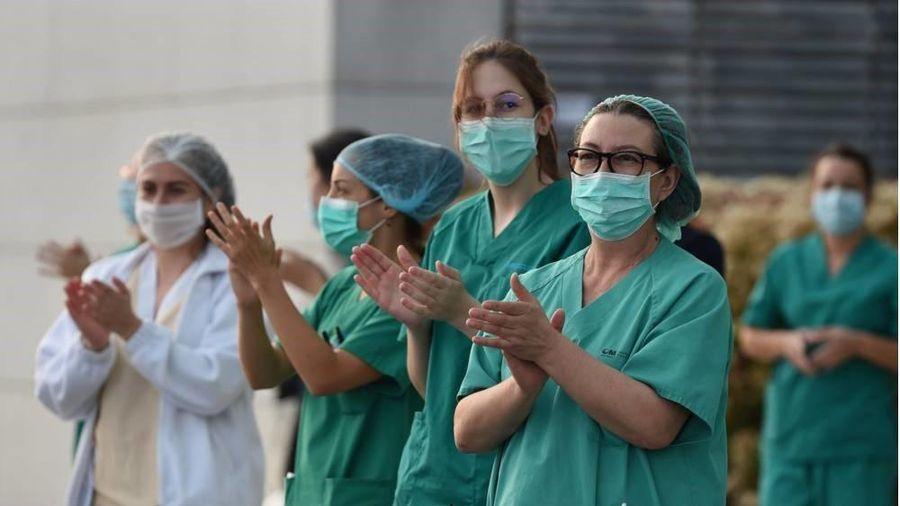 Việt Nam chỉ còn 18 bệnh nhân dương tính với COVID-19