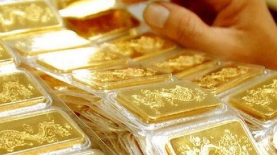 Giá vàng hôm nay 2/6: Tăng nhẹ, vàng tiếp tục đứng vững ở vùng giá cao