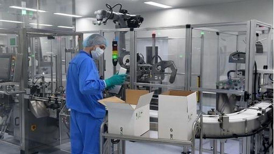 Nga tiến hành phát thuốc Avifavir cho bệnh nhân Covid-19