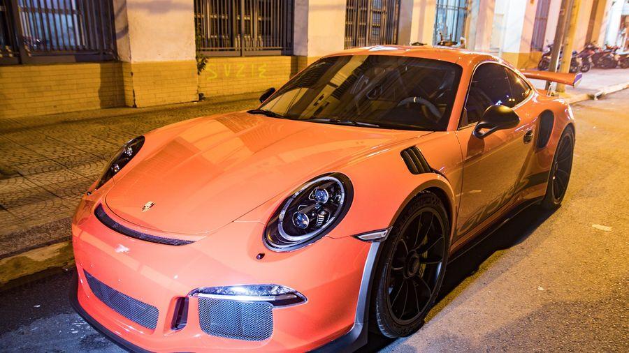 Porsche 911 GT3 RS từng của ông Đặng Lê Nguyên Vũ tái xuất tại TP.HCM