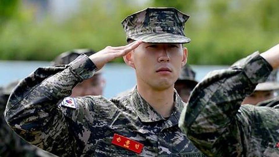 Son Heung-Min thích thú với thời gian rèn luyện quân sự