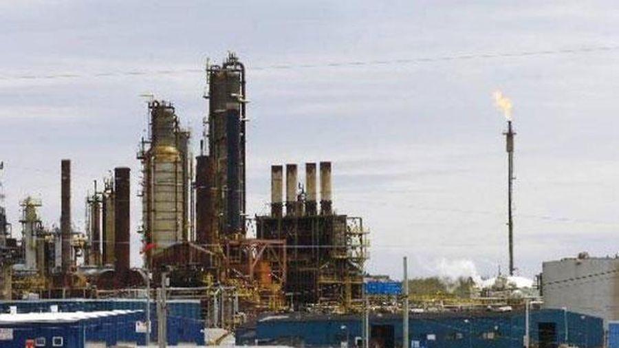 Giá dầu tăng chạm đỉnh 3 tháng trước dự đoán OPEC+ tiếp tục giảm sâu nguồn cung