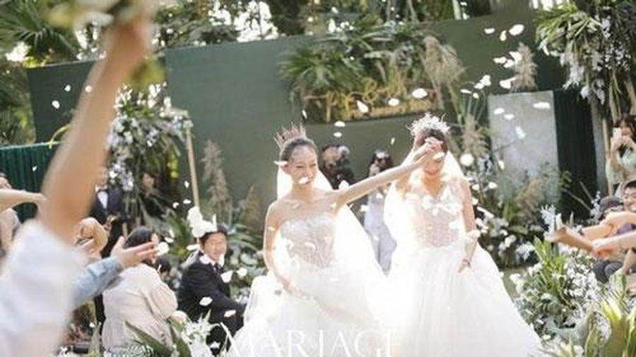 Nghệ sĩ múa hàng đầu Trung Quốc kết hôn với người đồng tính