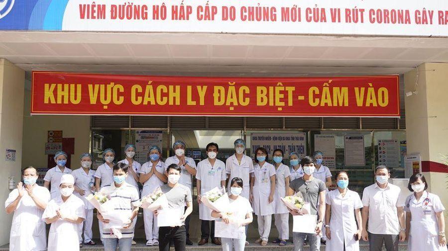 4 bệnh nhân mắc COVID-19 điều trị ở Thái Bình khỏi bệnh