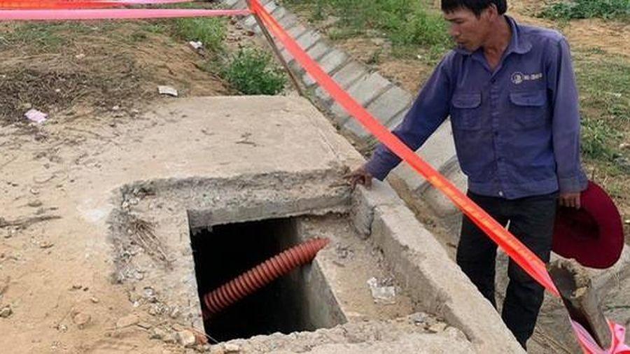 Phó Thủ tướng yêu cầu làm rõ trách nhiệm vụ bé 5 tuổi ở Hà Tĩnh tử vong do rơi xuống hố ga
