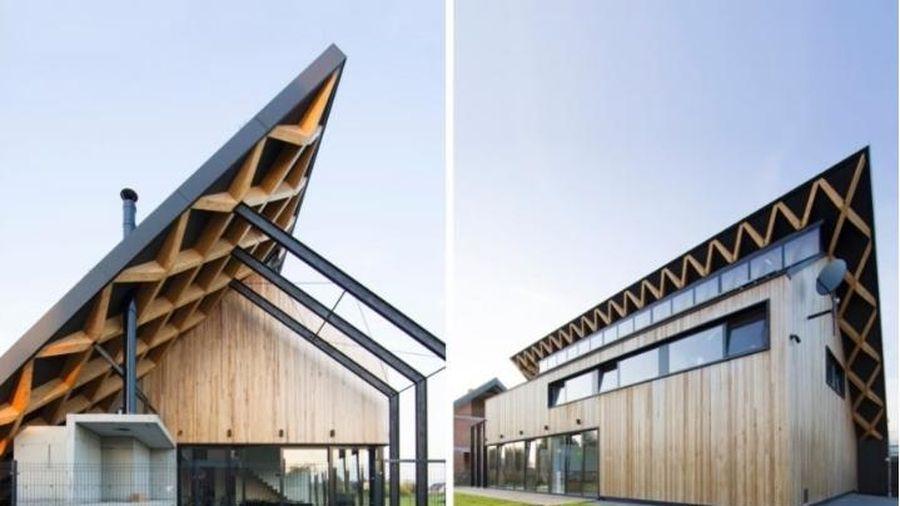 Khám phá ngôi nhà mái nghiêng sử dụng năng lượng mặt trời