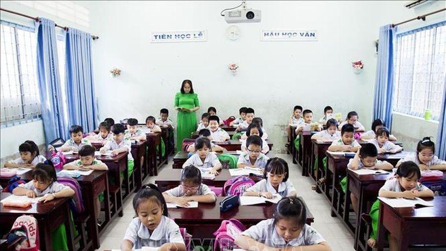Kiên Giang hoàn thành lựa chọn sách giáo khoa lớp 1 chương trình mới