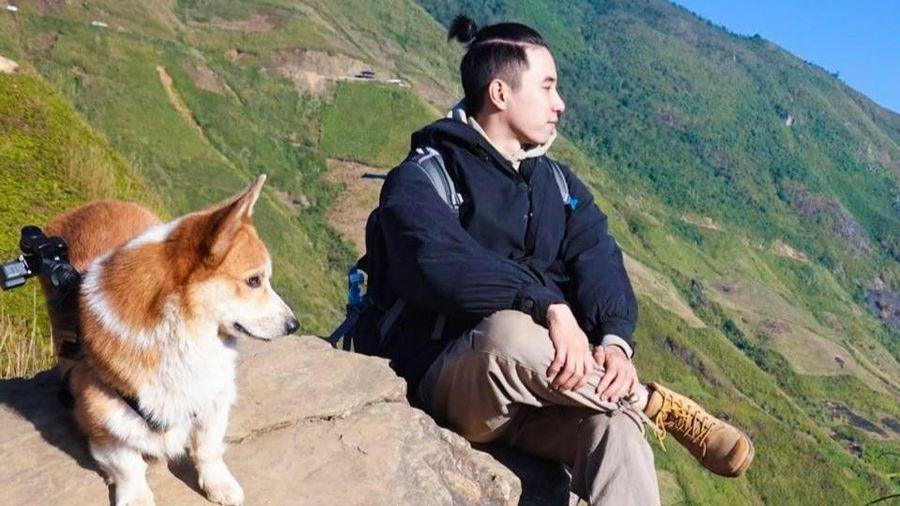 Hành trình chinh phục Tà Xùa của chó Corgi cùng chủ