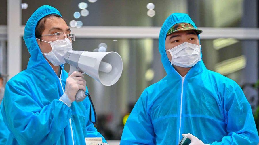 Hơn 300 người Việt từ Nhật Bản về nước