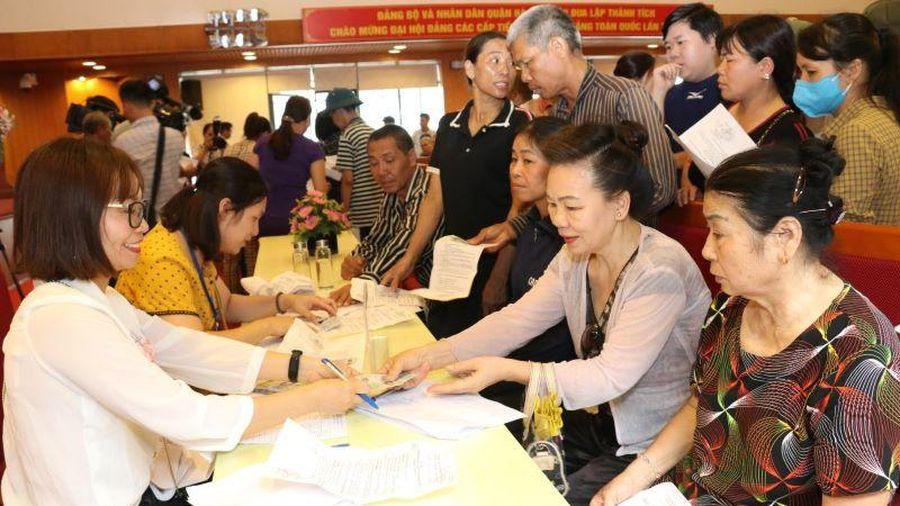 Hà Nội: 325 lao động đầu tiên đã được nhận tiền gói hỗ trợ 62.000 tỷ đồng