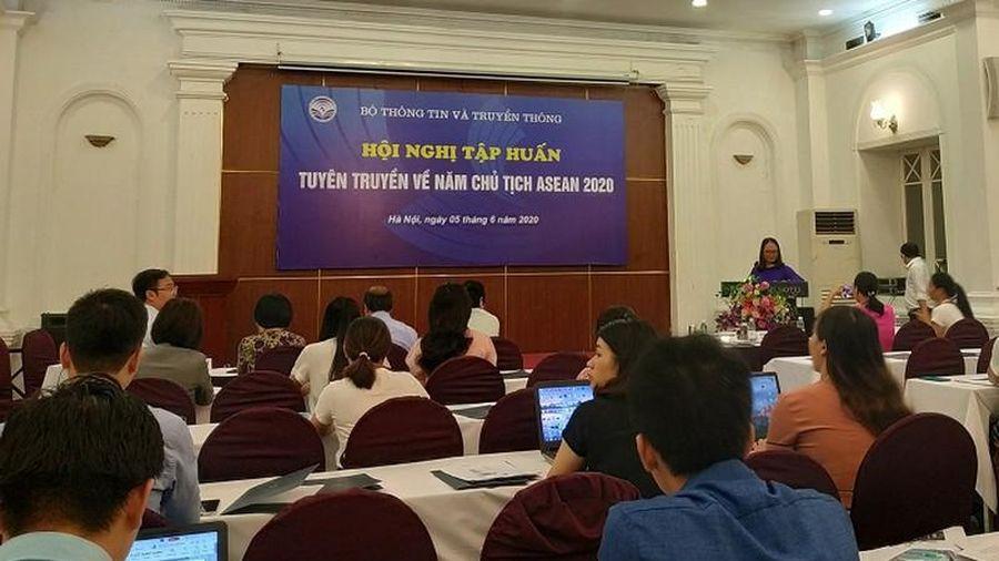 Bộ TT&TT tập huấn tuyên truyền về Năm Chủ tịch ASEAN 2020