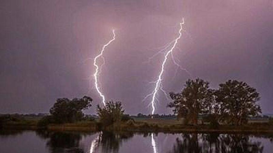 Làm rẫy trong lúc giông lốc, mưa lớn người phụ nữ bị sét đánh tử vong