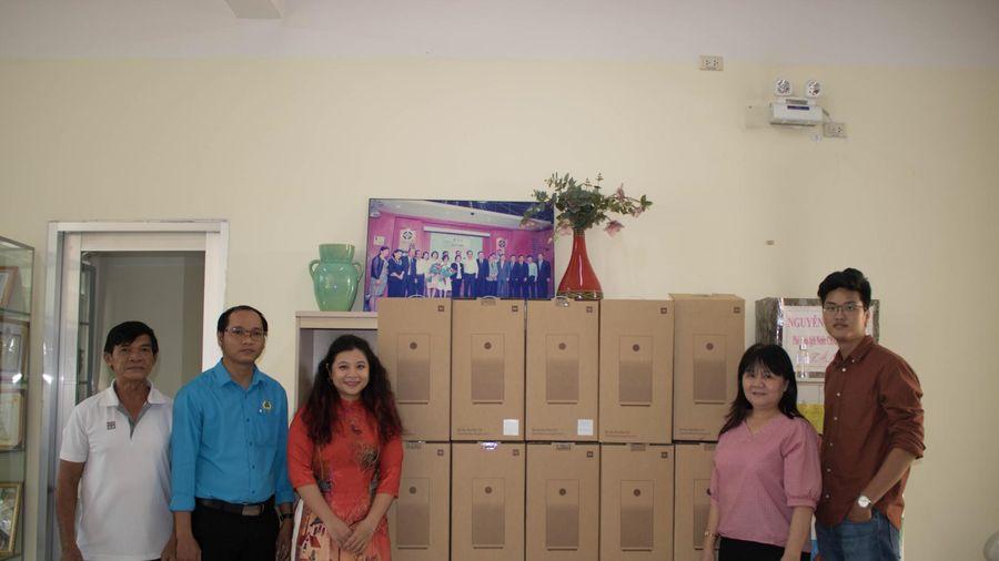 Xiaomi Việt Nam tặng 50 máy lọc không khí cho các trường mầm non trên địa bàn quận Bình Tân