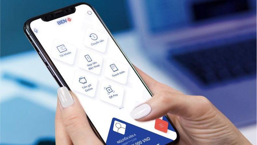 Thanh toán qua điện thoại di động tăng 198,8% về số lượng