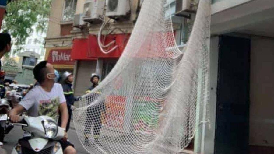Giăng lưới bắt đối tượng trốn truy nã đặc biệt nguy hiểm trên phố Núi Trúc