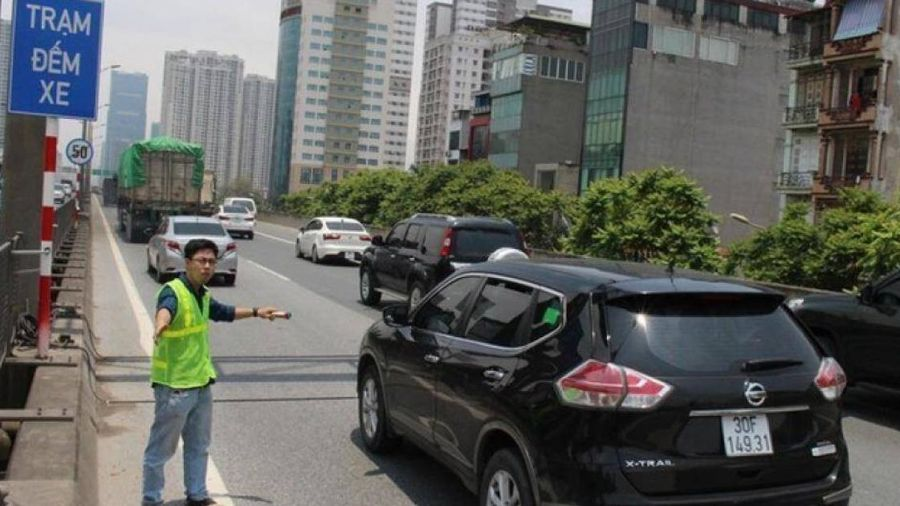 Hà Nội: Đường vành đai 3 quá tải 2,5 lần, đề xuất giảm tốc độ xuống 60km/h