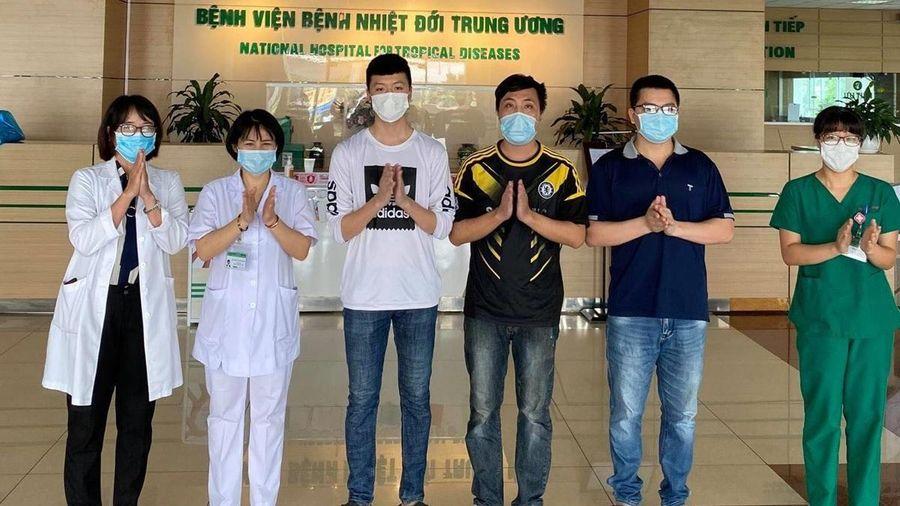 Thêm 5 bệnh nhân mắc COVID-19 được công bố khỏi bệnh, Việt Nam chỉ còn 21 trường hợp đang điều trị
