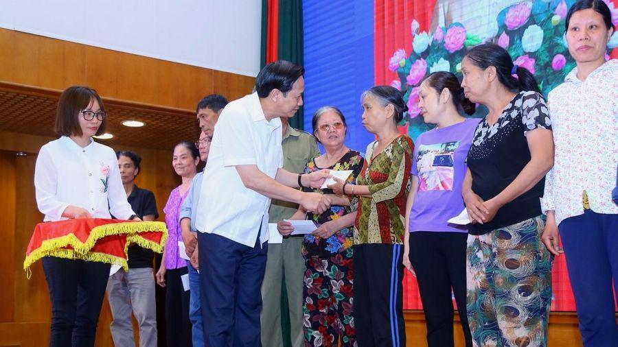 Bộ trưởng Đào Ngọc Dung:Không để gói hỗ trợ đi 'nhầm' vào nhà giàu!