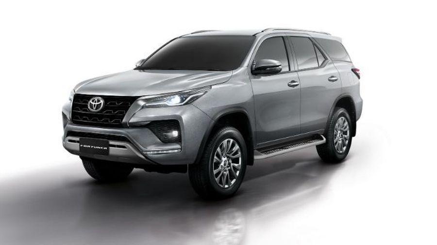 Toyota Fortuner 2021 bản nâng cấp thay đổi những gì?