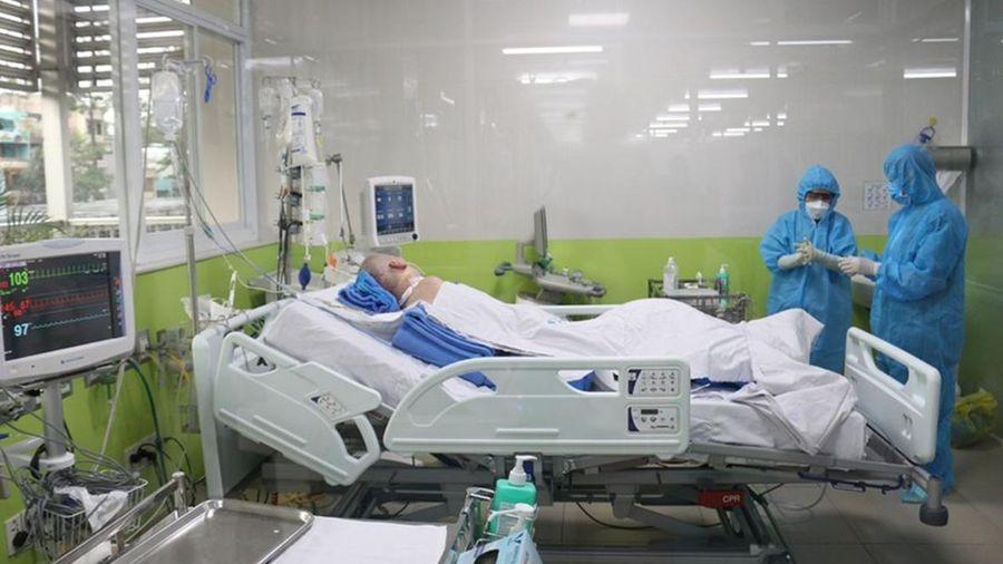 Phổi bệnh nhân phi công người Anh hồi phục gần 60%