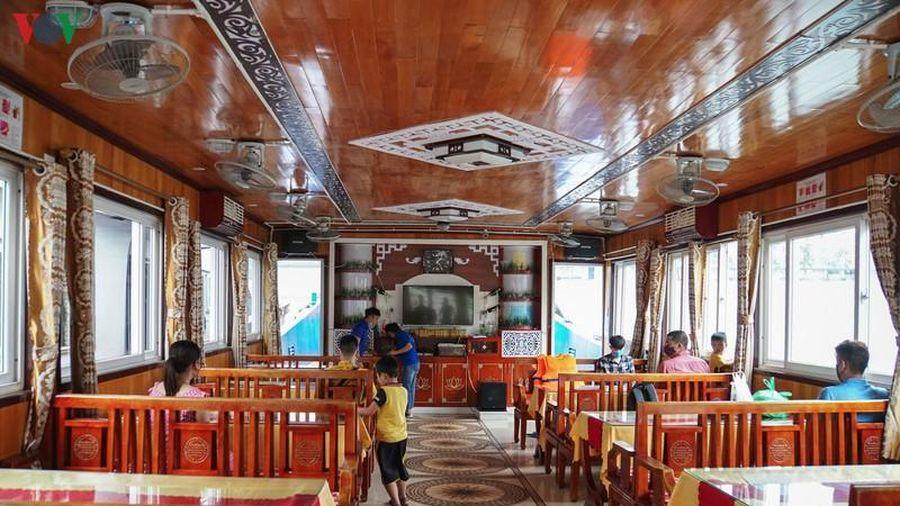 Đình chỉ tàu du lịch 'bớt' giờ tham quan vịnh Hạ Long của du khách
