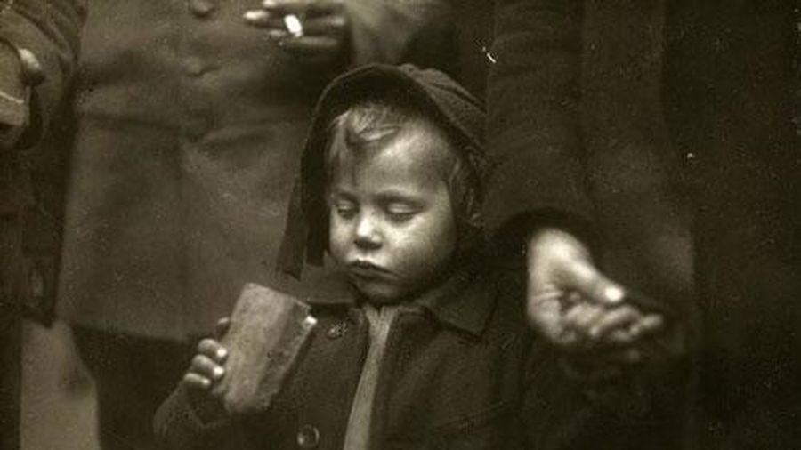 16 bức ảnh lịch sử mang cảm xúc mãnh liệt đến cả thế giới
