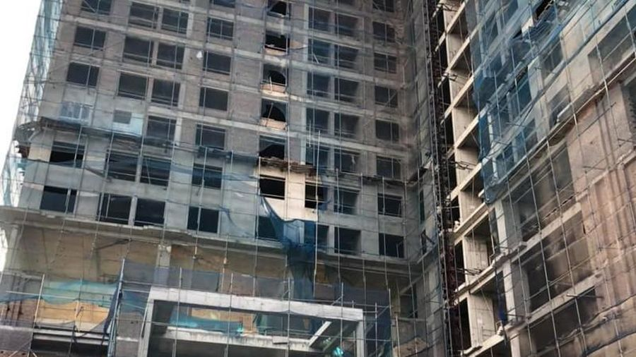 Thi công tòa nhà Hòa Xá - Hải Dương, 2 công nhân ngã giàn giáo thương vong