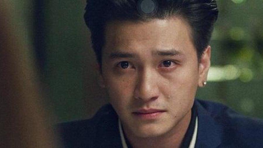 Huỳnh Anh bị nghi 'đá đểu' Quang Hải, mắng ngược lại anti-fan hãy 'bớt sồn sồn'