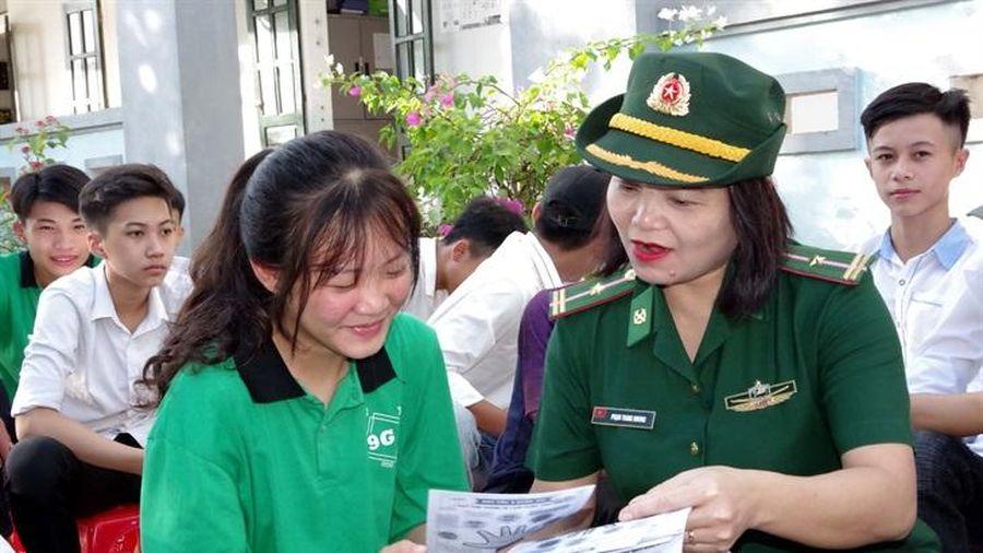 Tuyên truyền phòng chống xâm hại trẻ em cho hơn 700 học sinh