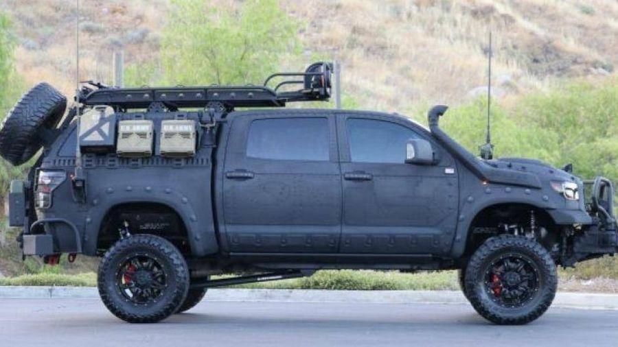 Cận cảnh mẫu bán tải Toyota Tundra 2013 với giá 930 triệu đồng