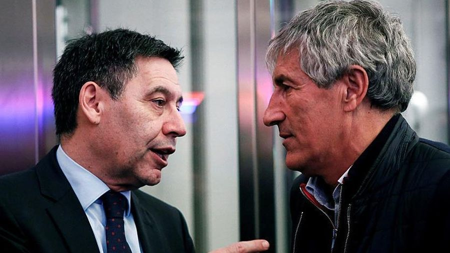 Ban lãnh đạo Barca tới nhà HLV Setien để trấn an