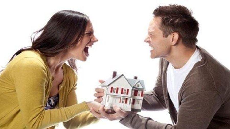 Bán nhà sau khi ly hôn, có phải hỏi ý kiến vợ hoặc chồng cũ?
