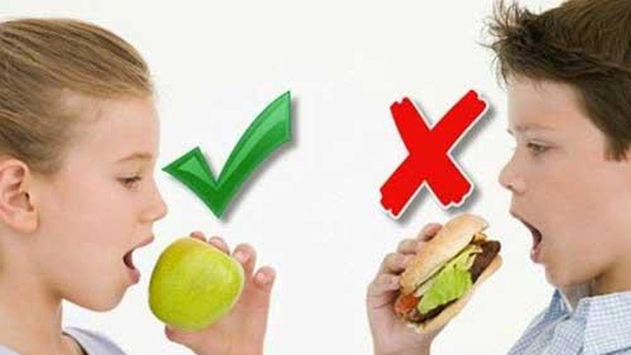 Trẻ béo phì cần ăn gì để giảm cân